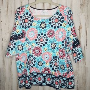 Crown & Ivy Floral Top 3/4 Bell Sleeve size XL